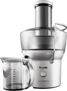 Featuring the same high speed of other models but in a significantly smaller size, this juicer is ideal for smaller households and kitchens.